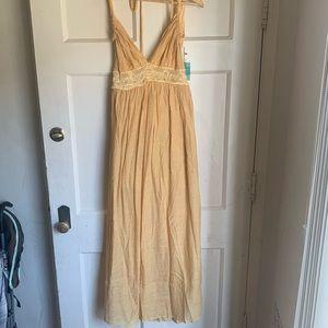 Forever 21 maxi dress crochet Yellow size M